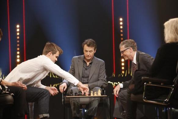 Magnus Carlsen and Bill Gates