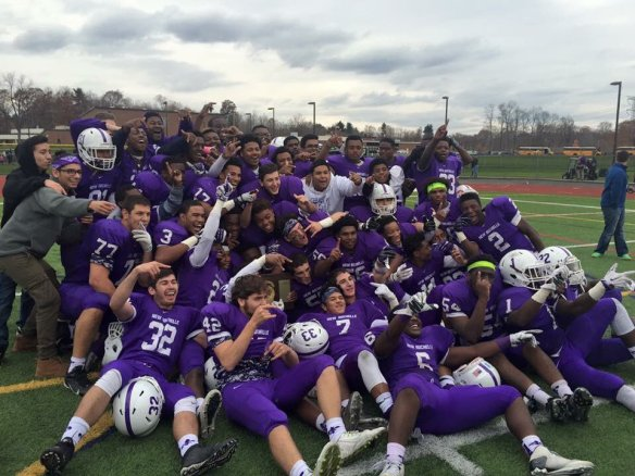 New Rochelle football team